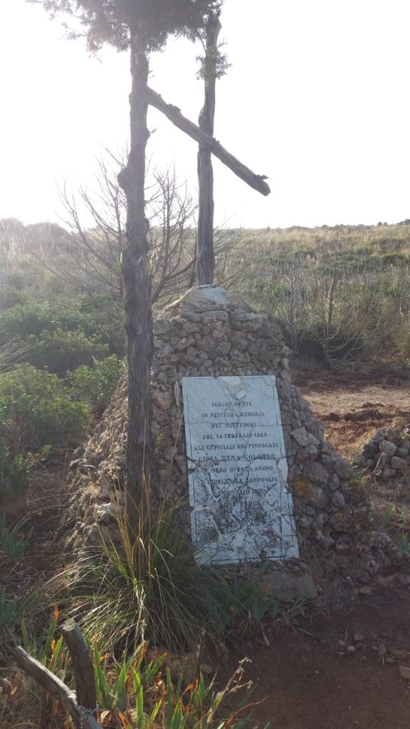 Cimitero degli Inglesi di Cala Greca